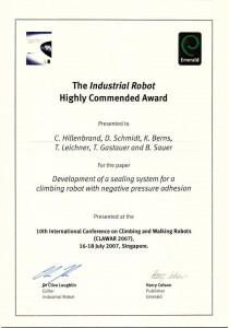 Auszeichnung mit dem Industrial Robot Award auf der Internationale Konferenz für Lauf- und Kletterroboter in Singapore 2007