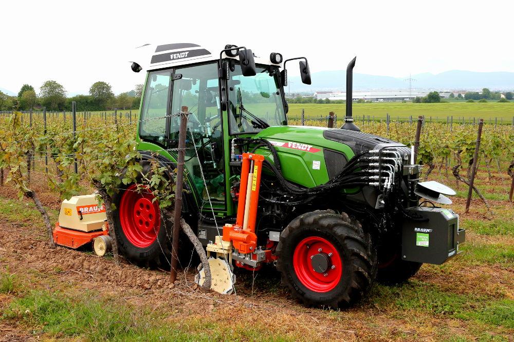 Bereits durch intelligente Assistenzfunktionen können Effizienzsteigerungen durch Smart Farming erreicht werden.